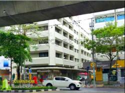อาคารพาณิชย์ ศูนย์กลางธุรกิจ ถนนสีลม